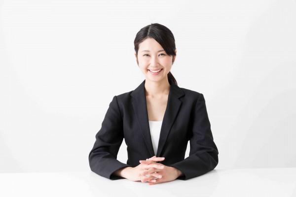 asian businesswoman sitting